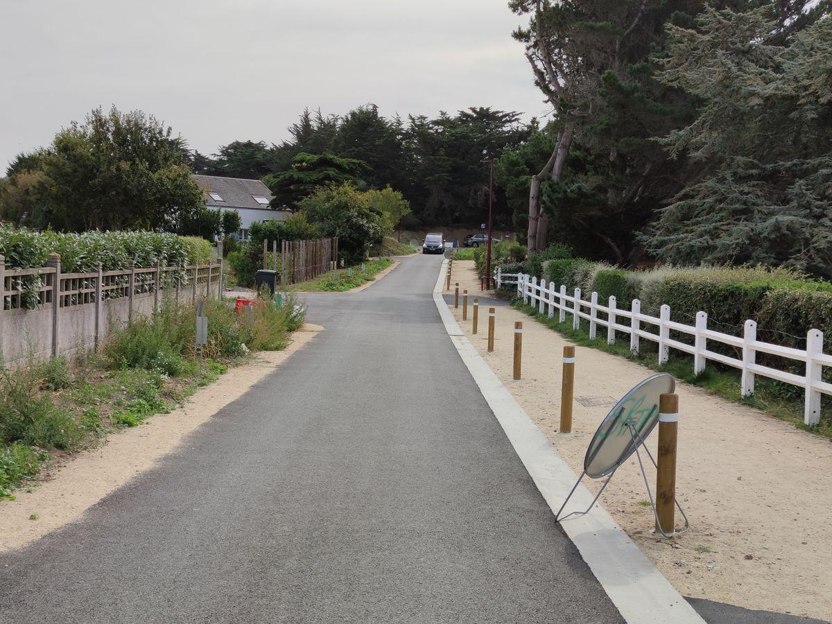 Travaux de requalification route d'accès littoral La cotentin - Atelier INEX