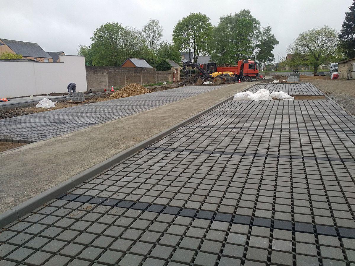 Atelier INEX, Chantier parking perméable parc St Aubin du Cormier