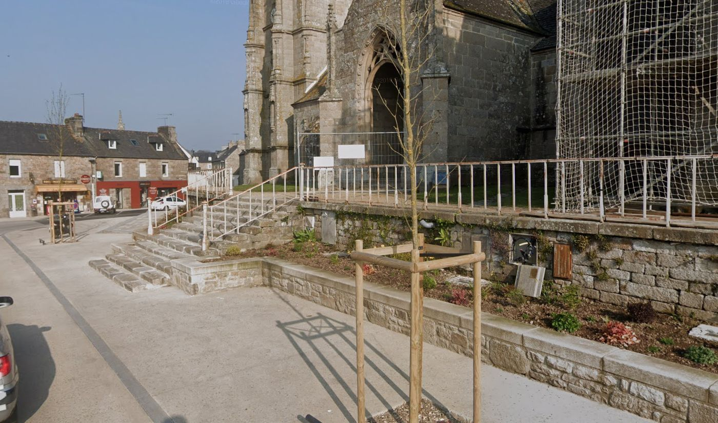 Centre bourg de Plouaret après travaux - Atelier INEX